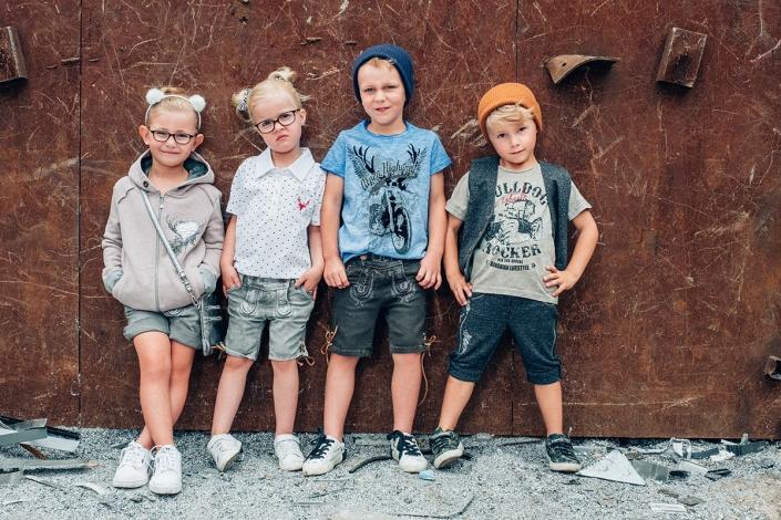 Kindertrachten Trachtenmoden moser salzburg trachtengeschäft dirndlkleid lederhosen trachtenblusen